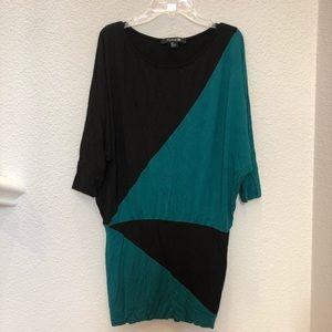 Size Small Geometric Patterned Dress